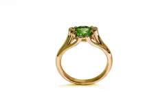 emerald-and-diamond-contemporary-engagement-ring