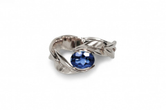 sapphire-leaf-rose-gold-engagement-ring