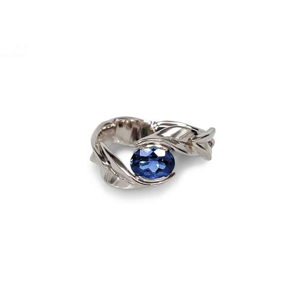 sapphire leaf gold ring
